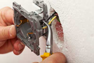 simply shocking electric electrical outlet installation testing and replacement electrician portland oregon city clackamas or